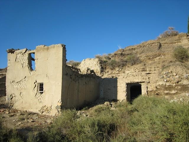 Spanish property in ruins